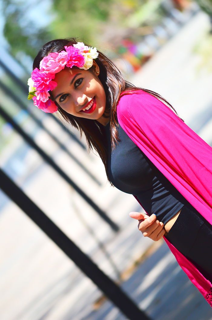 Fashion, Style, Fashion Photography, Street Fashion, Fashion Blogger, Casual wear, Indian Fashion Blogger, Summer Fashion, Fuchsia Shrug, Floral Headband, Floral Crown,
