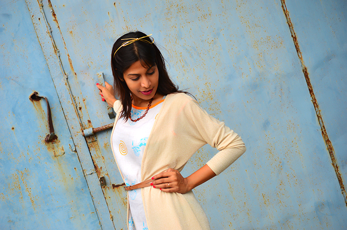 Fashion, Style, Fashion Photography, Street Fashion, Fashion Blogger, Casual wear, Indian Blogger, Ek Taara, Style Over Coffee, Street Style, Indo western fashion, Summer Fashion, Beige Shrug, Summer Dress