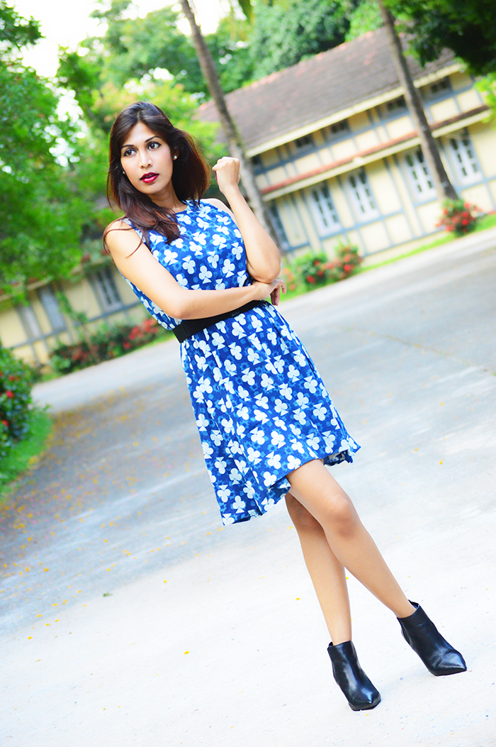 Fashion, Style, Fashion Photography, Street Style, Fashion Blogger, Indian Fashion Blogger, Style Over Coffee, Casual wear, Summer Fashion, Ek Taara Dress, Summer Dress