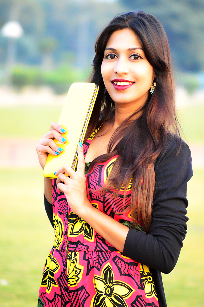 Fashion, Style, Fashion Photography, Street Style, Fashion Blogger, Indian Fashion Blogger, Style Over Coffee, Casual wear, Printed Jumpsuit, Yellow Clutch
