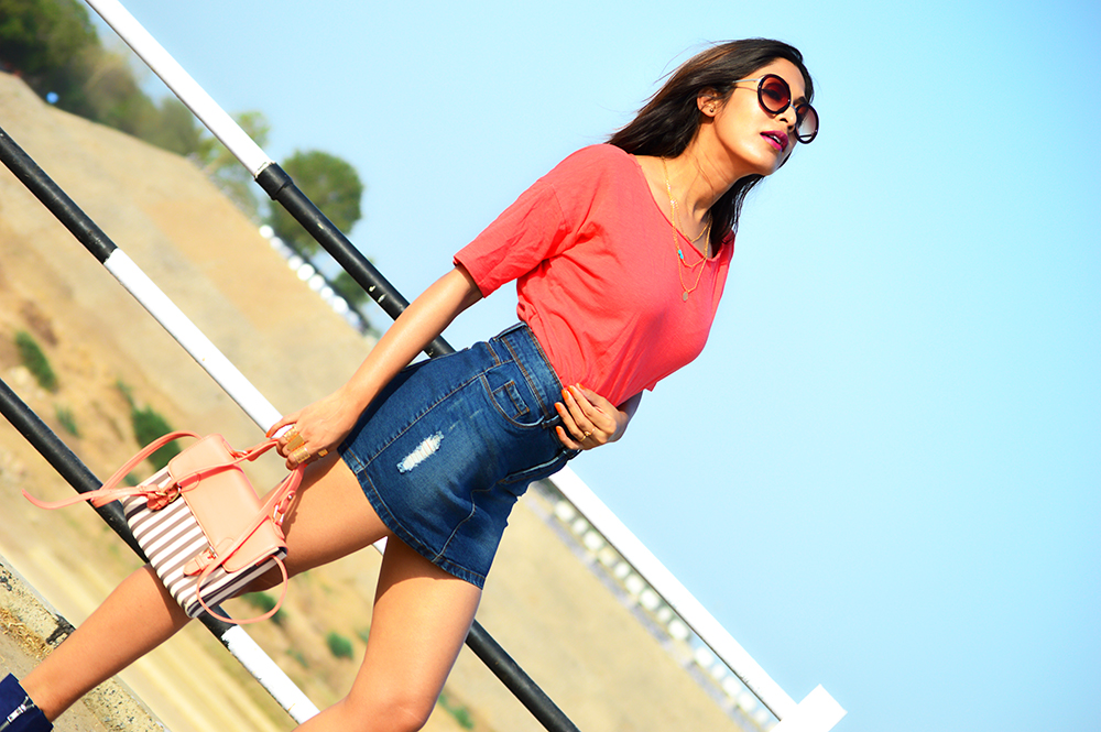 Fashion, Style, Fashion Photography, Street Style, Fashion Bloggers, Indian Fashion Bloggers, Denim Style, Outfit Of the Day, Retro Sunglasses, Lifestyle Blog-4