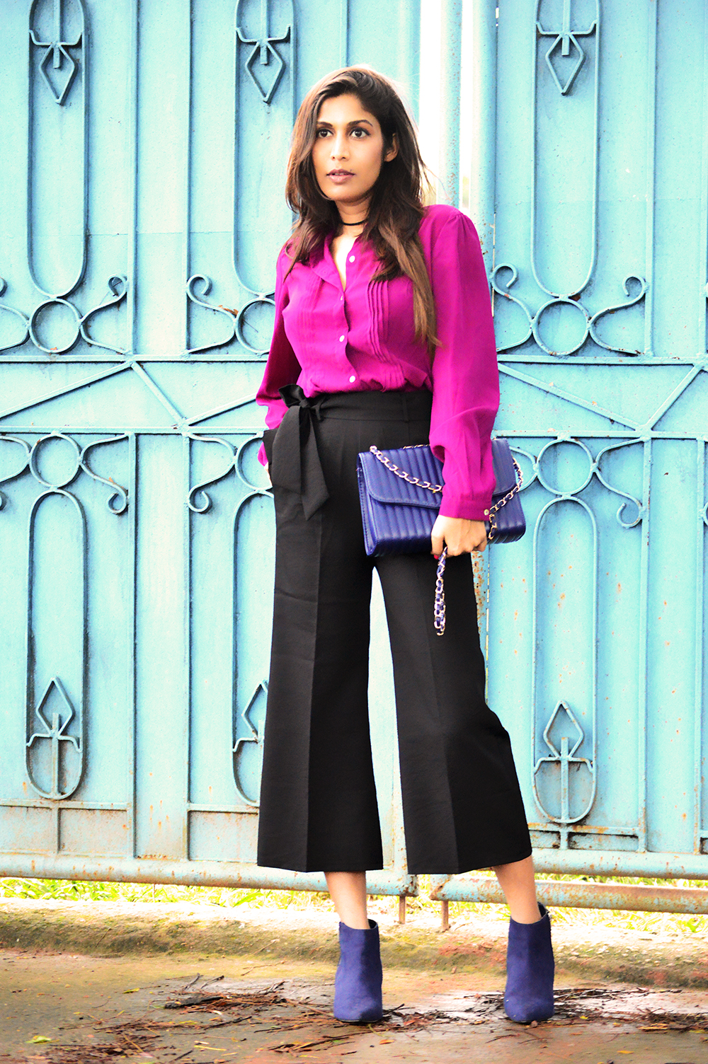 Fashion, Style, Style Over Coffee, Fashion Photography, Street Style, Indian Fashion Blogger, Black Culottes, Wine Coloured shirt, Autumn Hues, Winter Fashion, Fall Colors-3