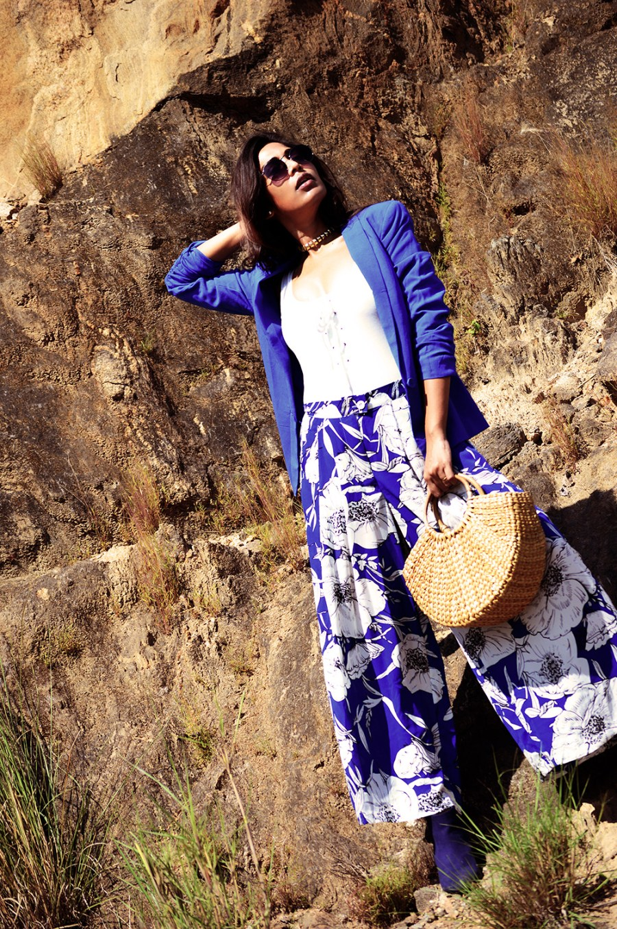 Fashion, Beauty, Lifestyle, Style, Fashion Blogger, Fashion Photography, Straw Bag, Printed Blue Culottes, Blue Blazer, Navy Boots, Round Sunglasses, Fall Fashion- 7
