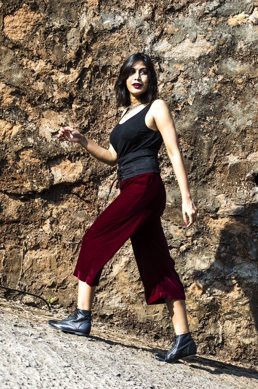 Velvet, Culottes, Fashion, Fashion Blogger, Street Style, Beauty, Indian Blogger, Maroon-3
