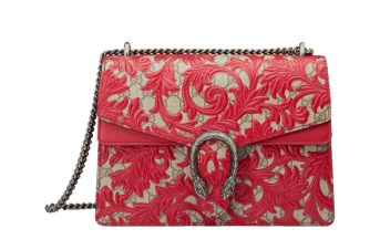 gucci-dionysus-hibiscus-red-arabesque-shoulder-bag-in-gg-supreme-canvas