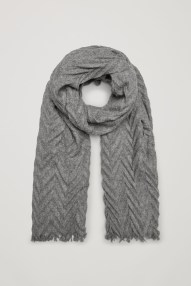 cos-pleated-wool-scarf-in-grey
