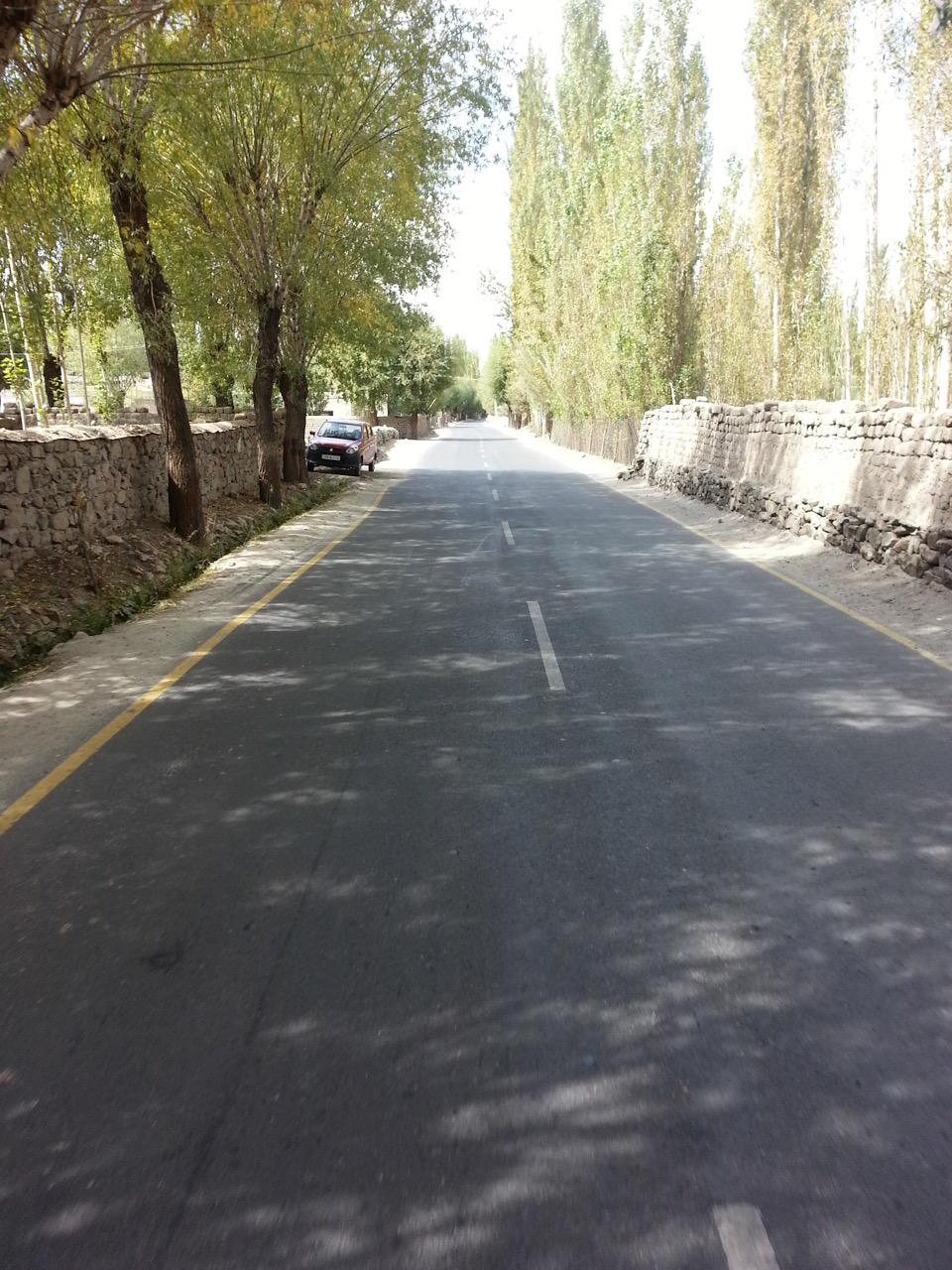 Welcome to Leh, finally 20km away.