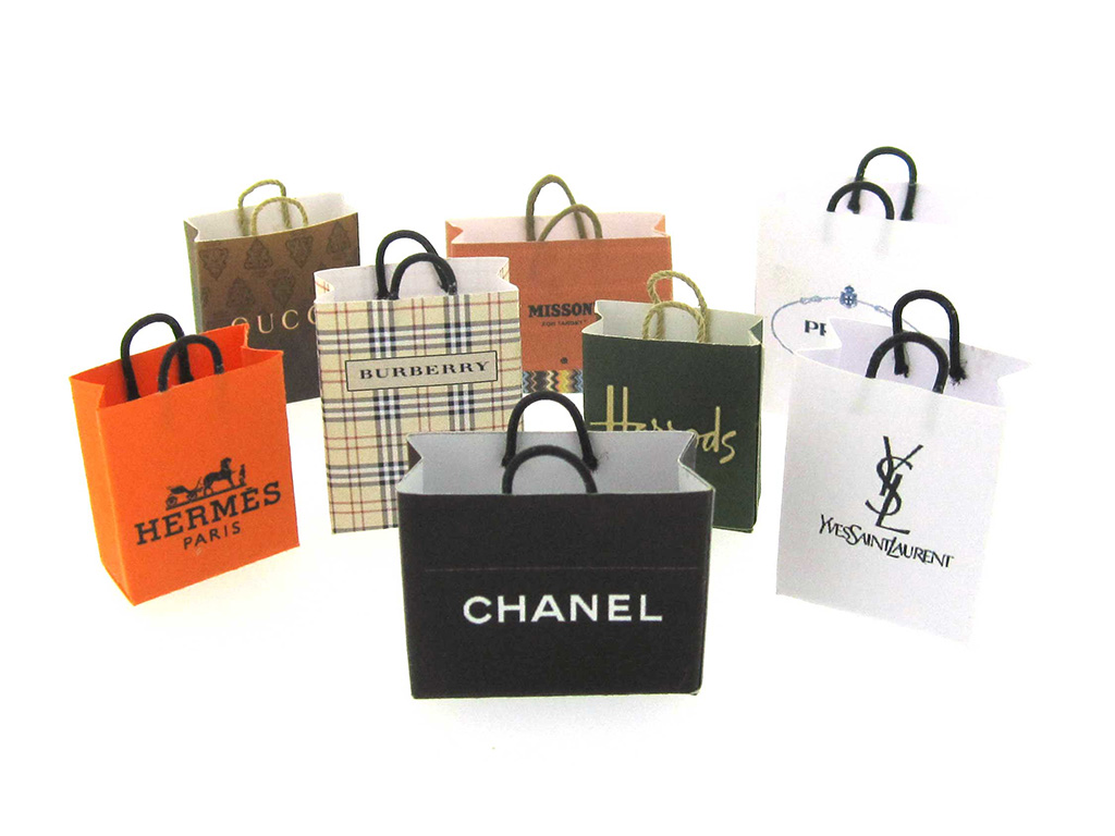 The Socialite & Shopaholic Mother. PC-Xinfeng Gift Packaging