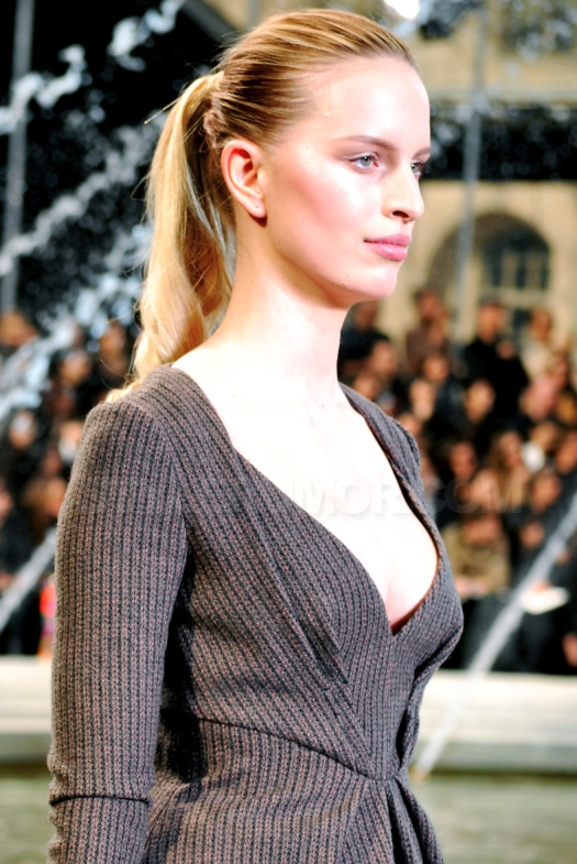 Louis Vuitton Fashion Show – Fall/Winter 2010-2011