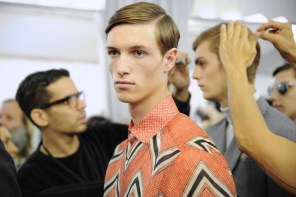 Backstage at the Louis Vuitton Menswear Spring 2015 Show 26