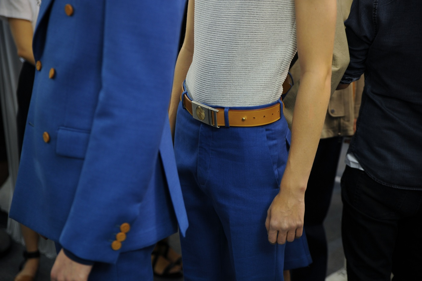 Backstage at the Louis Vuitton Menswear Spring 2015 Show 27