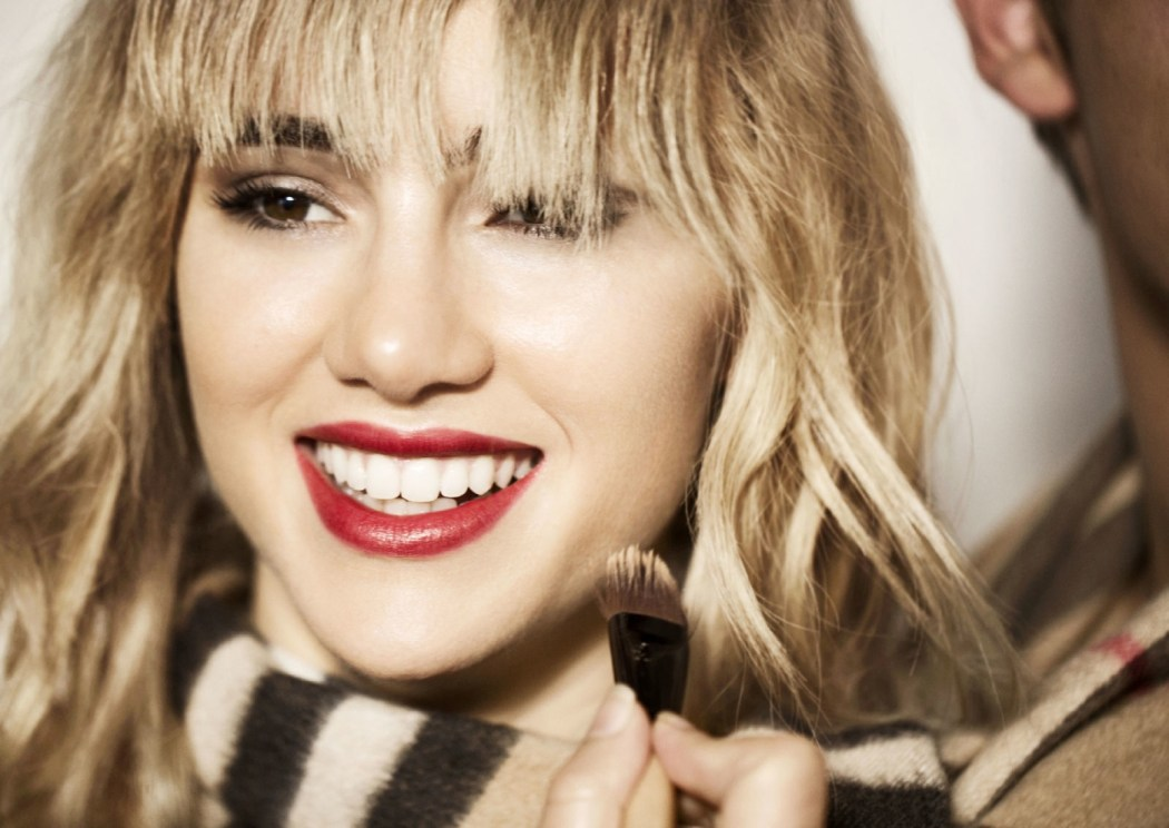 Suki Waterhouse stars in Burberry Kisses Ad Campaign 3