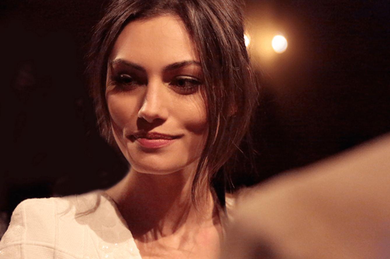 Chanel-Paris-Salzburg-Collection-in-New-York-Phoebe-Tonkin