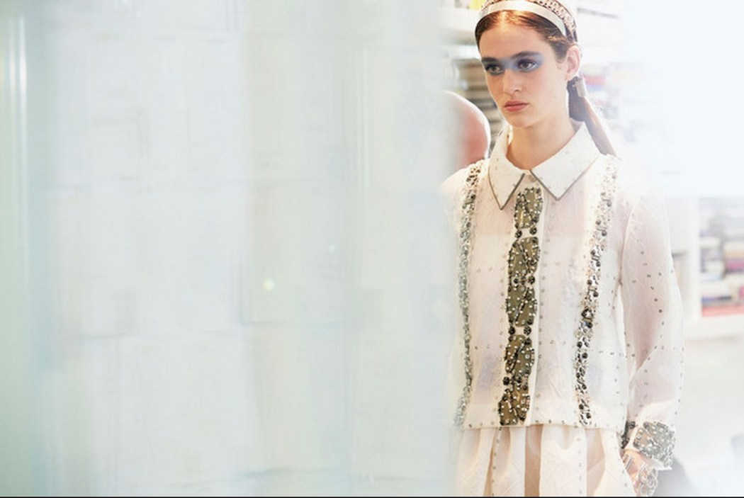 Backstage at the Chanel Spring Summer 2016 Show 7