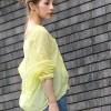 ビタミンカラーきれい色薄手コットンシャツ。安可愛いセレブカジュアルファッションcoca(コカ)2017春夏流行のトレンドアイテム