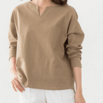 30代女性に人気のレディースファッション通販。 春のコーデ2021 【綿100%キーネックカットソー】