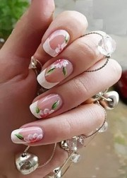 9 simple flower nail art design