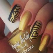 6 gold nail art design