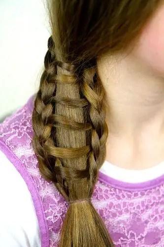 trending side ponytail