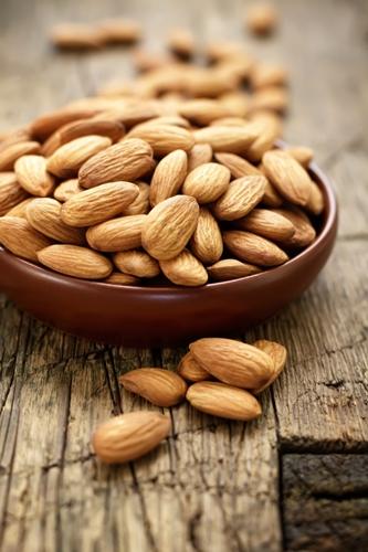 foods that burn fat - Almond