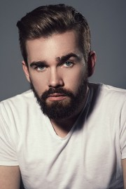 cool and short hairstyle