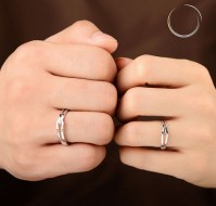 15 Different Types of Promise Rings with Names and Meanings