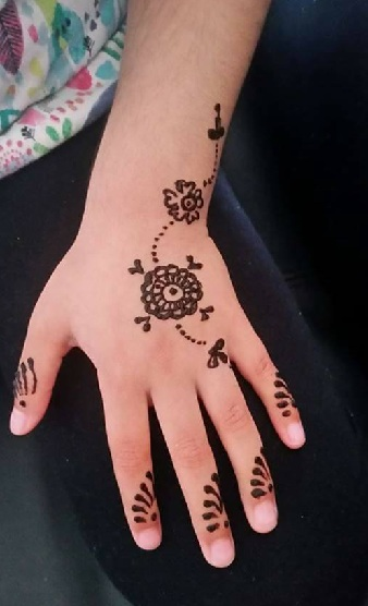 Mehandi Designs For Kids Simple