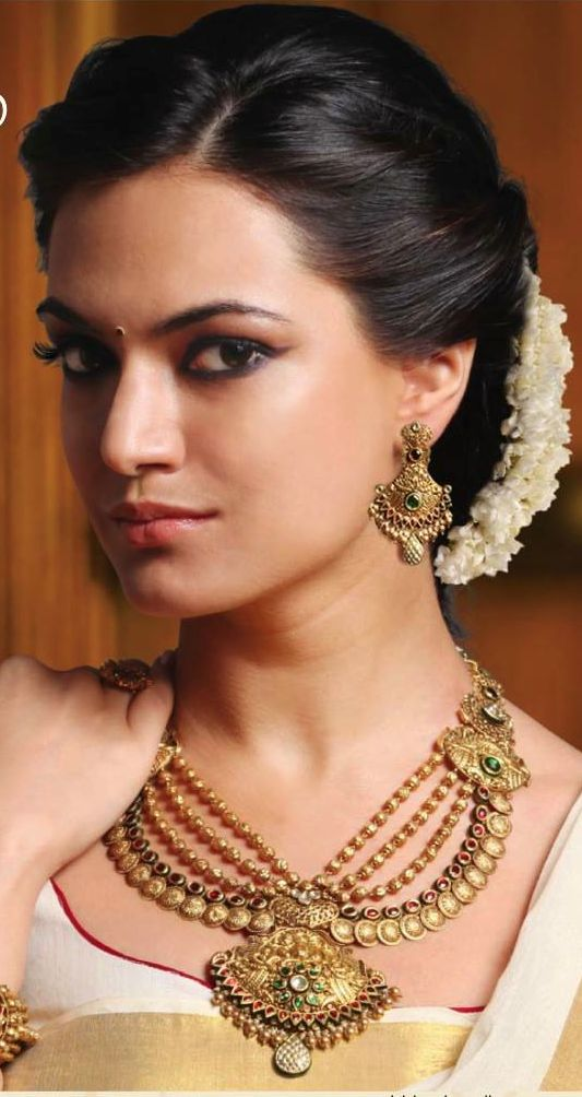Latest Indian Bridal Wedding Hairstyles Trends 20182019