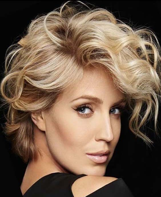Short Curly Hairstyle for Women 2018