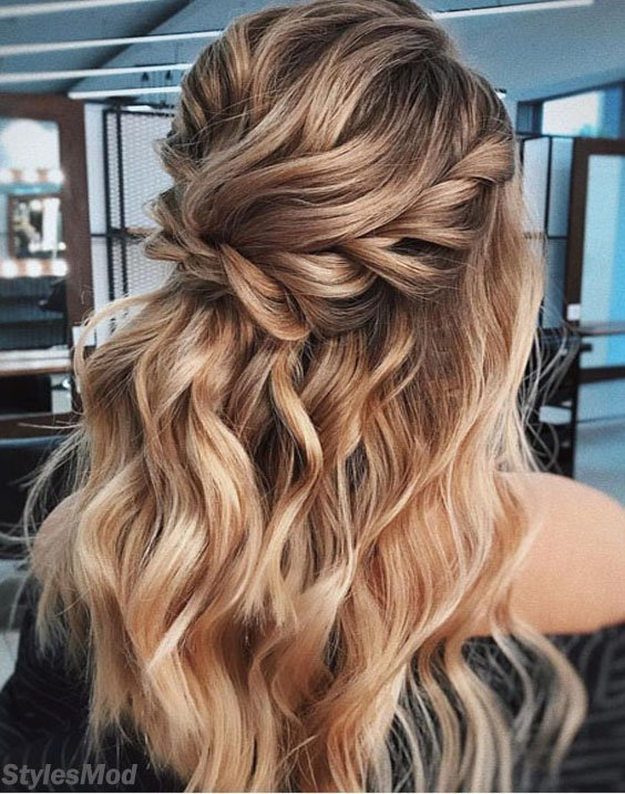 2018 Half up Bridal Hairstyle Ideas To Get Classic Look