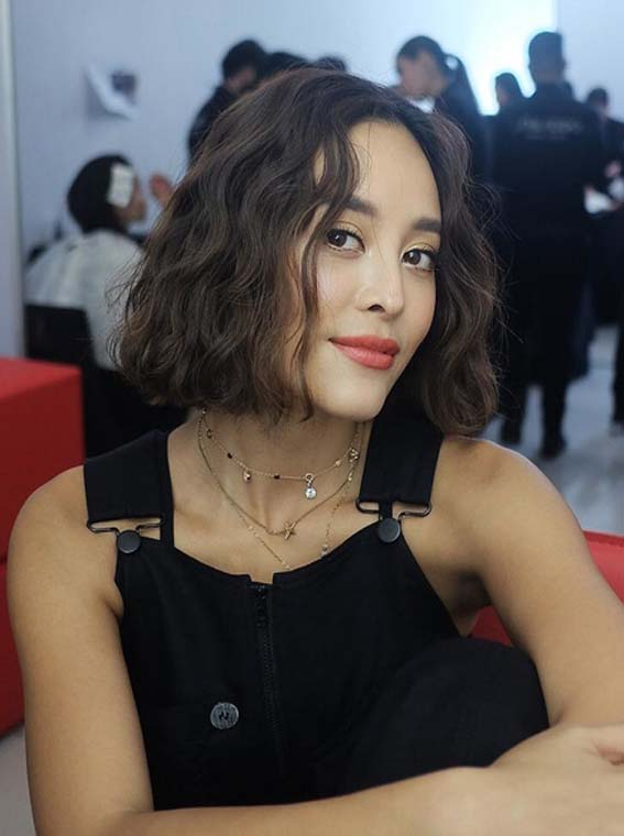 Short Wavy Bob Haircuts for Women 2018