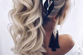 Marvelous Bridal Hairstyles for Long Hair on Wedding Day