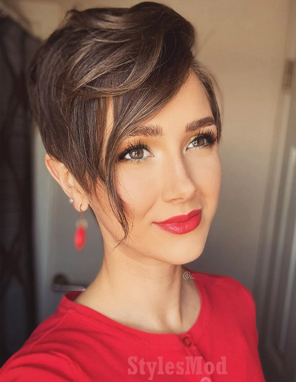 Stunning Christmas Waves on Short Haircuts for Girls