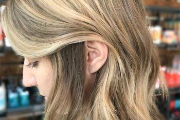 Beachy Blonde Bombshell Hair Ideas & Tips for 2019