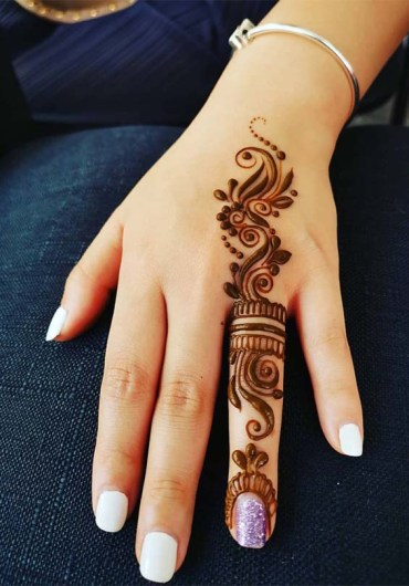 Simple Arabic Mehandi Designs for Hands in 2019
