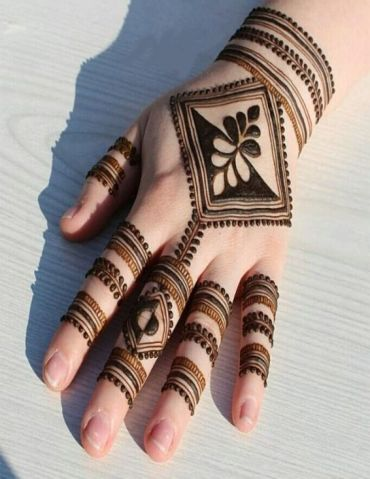 Simple & Cutest Mehndi Designs for Beautiful Hands