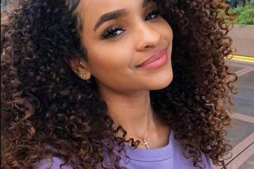 Elegant Curly Hairstyle Ideas for Medium Hair In 2019