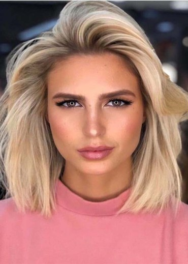 Fresh Blonde Shades for Medium Straight Haircuts for 2019