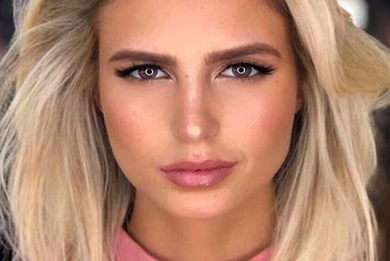 Fresh Blonde Shades for Medium Straight Haircuts for 2019