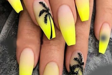 Adorable Nail Designs for Summer Season of 2019