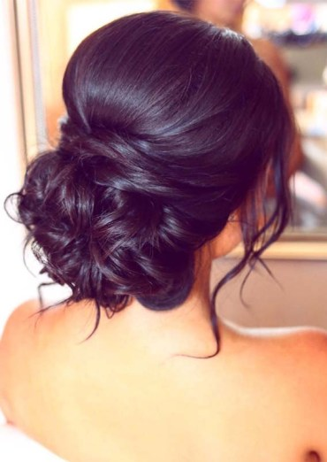 Elegant Updo Hairstyles to Wear for Glorious Look
