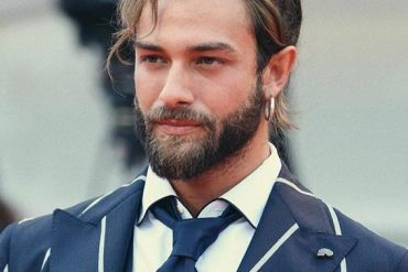 Good Looking Mens Haircuts & Style for 2019