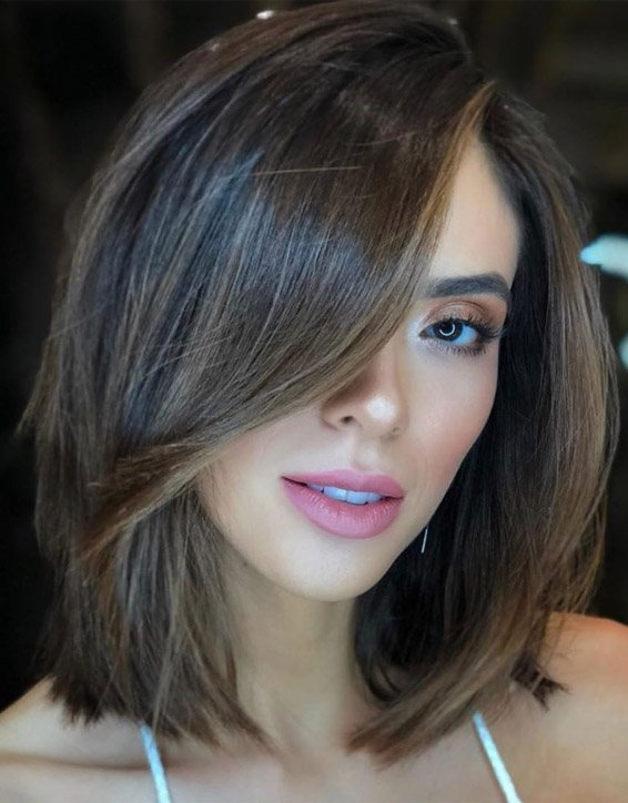 Stylish Short Hair Color with Highlights for Ladies