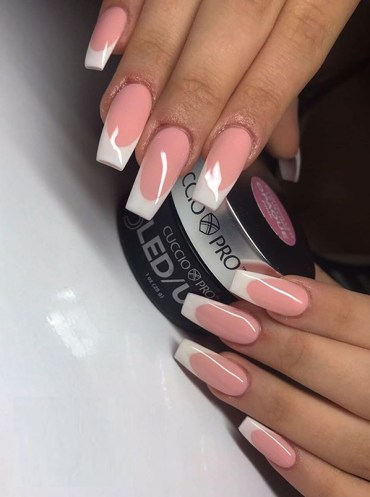 Gorgeous Acrylic Nails Designs to Wear in 2019