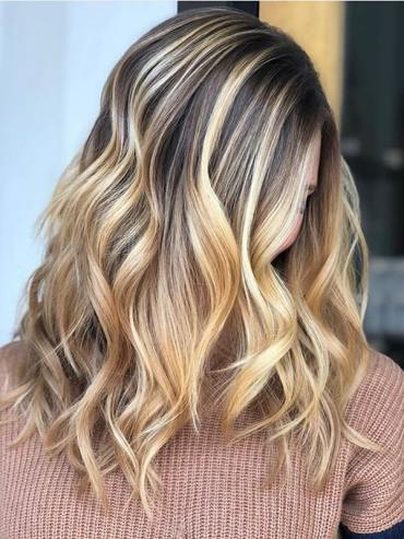 Fantastic Honey Blonde Hair Colors to Try in Year 2020