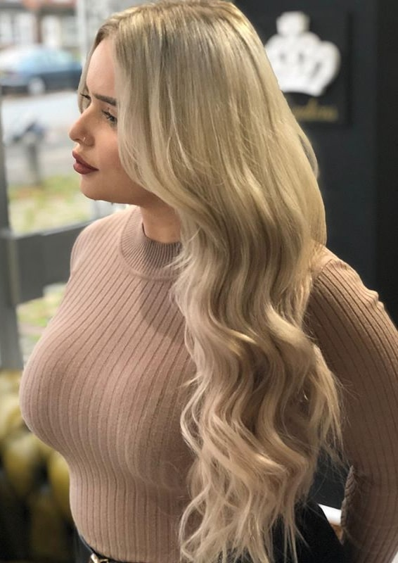 Long Thick Wavy Hair Styles for Women to Try in 2020