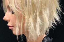Short Textured Blonde Haircuts for Women in 2020