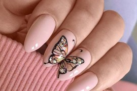 Gorgeous Nail Arts with Butterfly Designs for Women 2020
