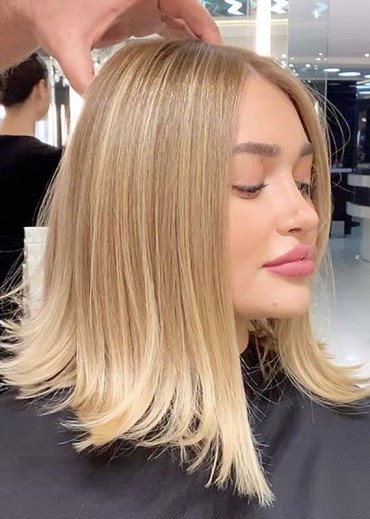 Medium Length Straight Blonde Haircuts for Women 2020