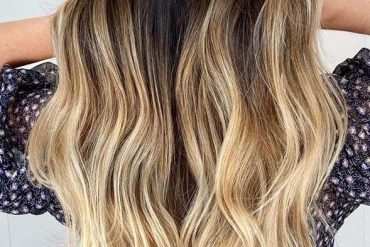 Honey Balayage with Dark Roots to Show Off in 2020